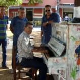 PIANO FICA NA PRAÇA