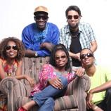 Show de Mamour Ba e banda