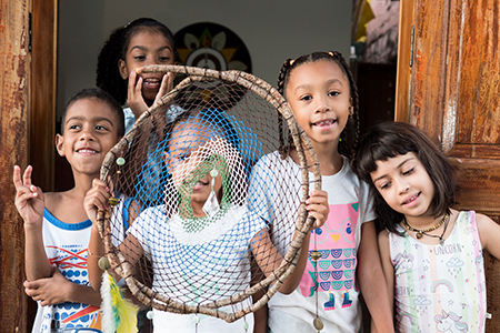 Verbo Gentileza realiza pop-up no dia das crianças