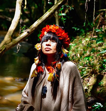 """Webserie #Quarentemas traz """"Ser Solar"""" com atriz indígena Adana Kambeba"""